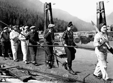 Female Lumberjills from WWII